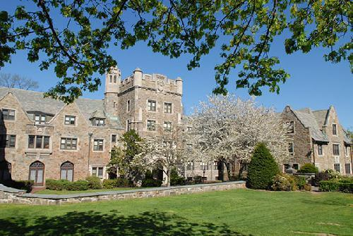 The College of New Rochelle Top Master of Art Therapy Degree Programs